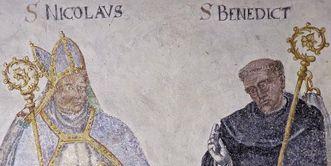 Der heilige Nikolaus und der heilige Benedikt, Wandgemälde in der Wintersakristei von Kloster Großcomburg von Michael Viol