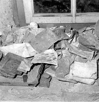 Der Klosterfund bei der Entdeckung 1958; Foto: Helga Bessler