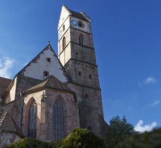 Klosterkirche mit Glockenturm